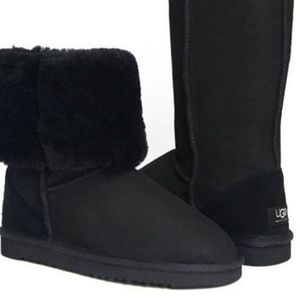 Ugg Tall Classic black boots size 8